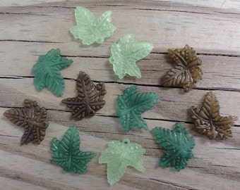 12 Lucite Leaves - Shades of Green - Frosted Matte Charm Acrylic Plastic 20x20mm