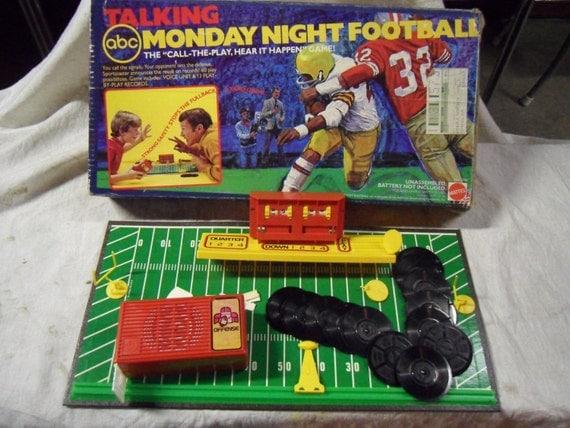 Vintage 1977 Mattel ABC Talking Monday Night Football Game