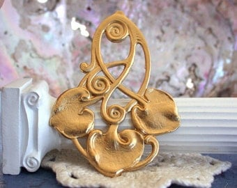 Art Nouveau Brass Stampings, Brass Stampings,  Plant Design Stampings, Leaf Stampings, Vintage Style Stampings, Card Making STA-064