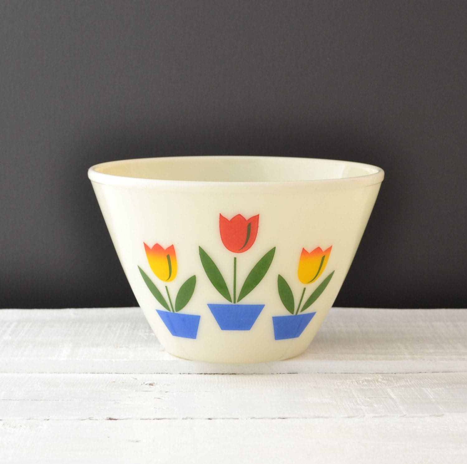 Fire King Tulip Bowl Tulips On Ivory Vintage Splash By