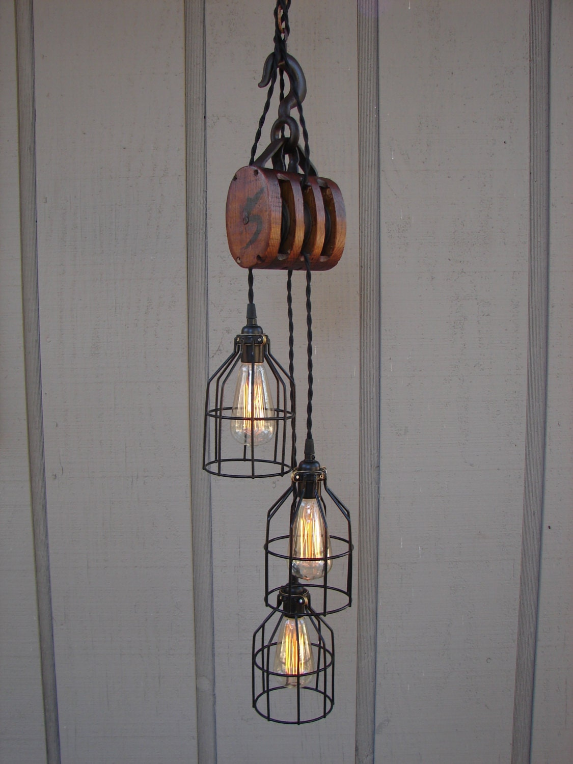 Industrial Pulley Pendant Light
