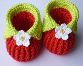 Instant Download Crochet Pattern (pdf file) - Baby strawberry booties