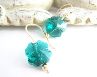 Shamrock Earrings Green Shamrock Earring Swarovski Crystal Four Leaf Clover Earring St Patricks Day Green Jewelry Shamrock Jewelry Gift Idea