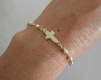 Vermeil sideways cross chain bracelet with swarovski pearls
