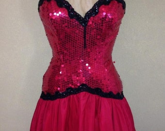 A Roberta vintage 80s red Spainish style prom dress