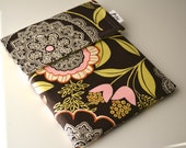 iPad Sleeve in fabric by Amy Butler
