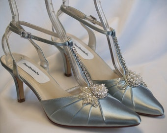 Wedding Silver Shoes SIZE 8.5 Heels enhanced with pearls and crystals,Pointy Toe Closed Toe,Ankle Strap, T Strap,Old Hollywood, Regal,Deco