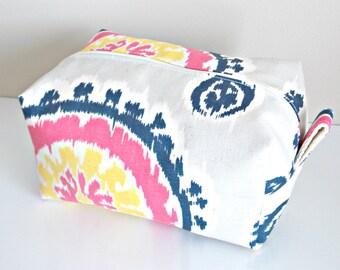 Ikat Makeup Bag  - Cosmetic Pouch -  Lunch Bag - Wet Bag -Waterproof Bag