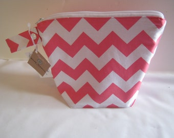 Small Wet Bag in Pink Chevron