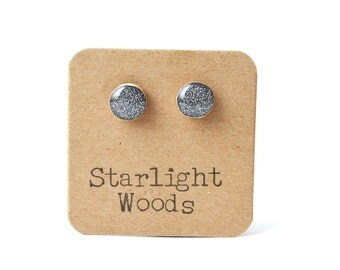 Charcoal grey sparkle stud earrings. Grey Post earrings. Sparkle Studs.  Wood earrings. Minimalist jewelry.  eco friendly hypoallergenic