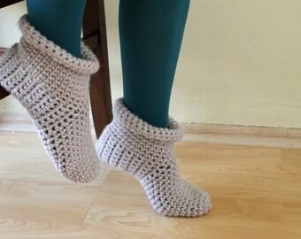 Crochet slipper booties, home slippers, unisex, women's, men's, cream