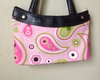 Lime, pink and white paisley Thirty One skirt purse cover