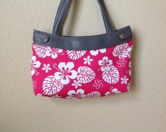 Handmade Thirty One Purse hot pink Hawaiian floral Skirt cover