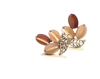 Lisner Thermoset Moonglow Flower Earrings Gold Leaves Brown and Peach Petal Screw On Mid Century