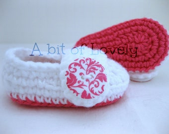 Spring Baby Girl Shoes / Slippers / Booties - Pink & Glitter White Damask - YOUR choice size - (newborn - 12 months) - photo prop - clothing