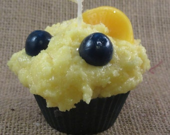 Lemon Blueberry  Muffin Candle