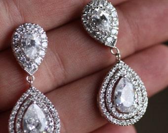 Bridal Crystal Drop Earrings, Wedding Jewelry ,Swarovski Earrings,chandelier earrings, kim kardashian , Cubic Zirconia, Tear Drop Crystal