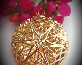 Round Filigree Gold Plated Locket Pendant