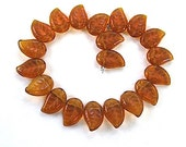 Leaf Beads Amber Topaz Vintage German Glass Leaves 14mm x 9mm - 20 Pieces