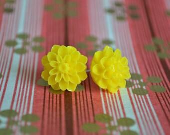 Sunshine Yellow Chrysanthemum Earrings