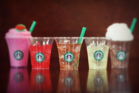 """Dollbucks Coffee the """"Cool"""" Collection - set of 5 drinks- fits the 18"""" American Girl Doll - VALENTINE'S DAY"""