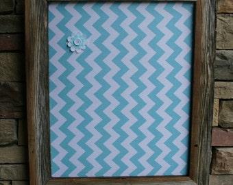 "18x22"" Beautiful Barn Wood Frame with chevron Cork Board"