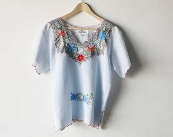 vintage PEASANT bohemian LIGHT BLUE embroidered summer top shirt