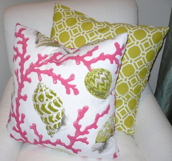 Designer SEASHELL/Coral BEACH Indoor/Outdoor 20 Pillow