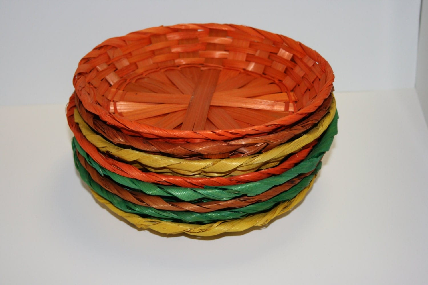 paper plate holder wicker rattan fiesta summer orange. Black Bedroom Furniture Sets. Home Design Ideas