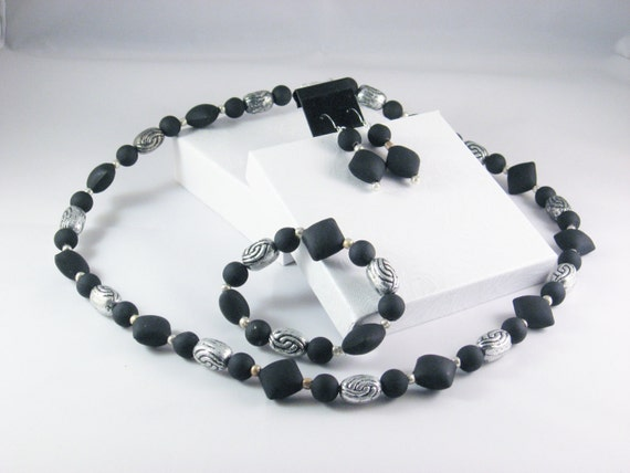 3 Piece Jewelry Set in Black and Silver