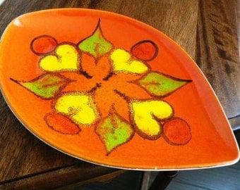 vintage Poole Pottery ... POOLE DELPHIS PLATE shape 91  ...