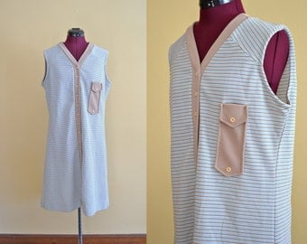 1970s Vintage Plus Size Queen's Way to Fashion Striped Sleeveless Dress size 20 (L XL) bust 40