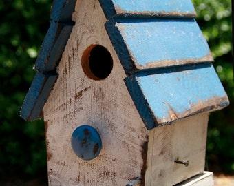 Primitive Bird house, Antique style bird house, Functional Bird House, French Country Bird house, Wooden Bird House, Bird house