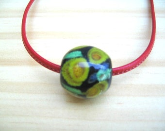Glass Necklace Tombo Dama. Animals Lovers