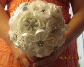 white fabric brooch bouquet, white brooch bouquet, broche bouquet, broach bouquet, pin bouquet, katy's clips, wedding brooch bouquet