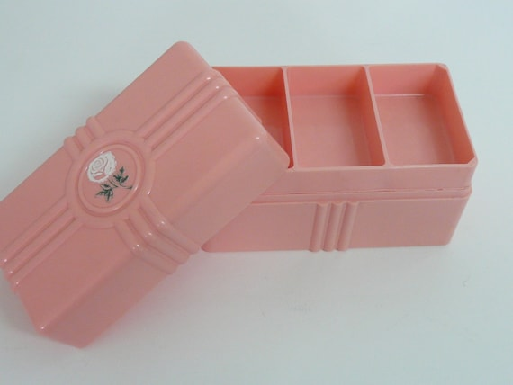 Acrylic Trinket Boxes : Vintage pink lucite trinket jewelry box lift out tray rose