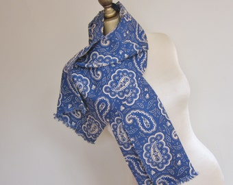 1940s mens scarf paisley blue and yellow .WW11  era