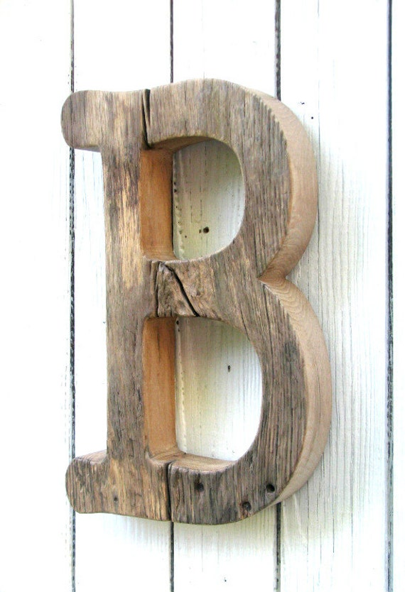 Rustic wooden letter unfinished barn wood letter baby - Lettre en bois decorative ...