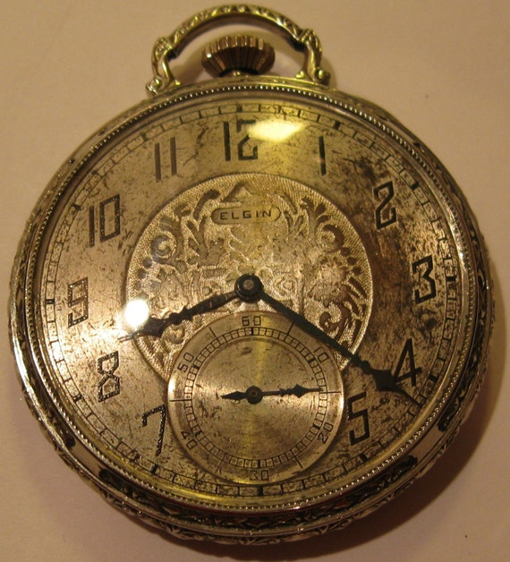 Antique 17 Jewel Elgin Pocket Watch with Wadsworth 14 Karat Gold Filled Case Made in 1926 in Perfect Working Order