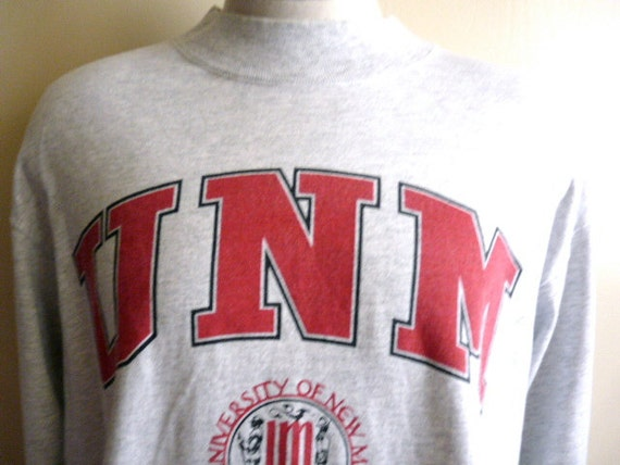 go lobos vintage 80's 90's UNM University of New Mexico college heather grey long sleeve graphic t-shirt  men women unisex high crew neck