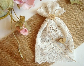 Lace Favor Bags, 100 White Favor Bags, Christening Lace Favor Bags, bridal shower favor bags