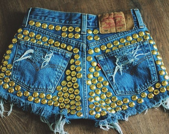 Studded Shorts Levi's High waisted Denim Destroyed Cut Off Jeans Ripped Destroyed