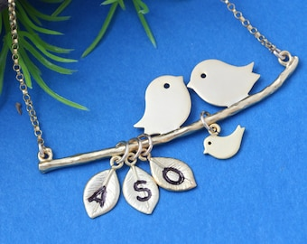 Gold lovebirds, Love Birds Necklace with Baby Bird. personalized charms. Family of three jewelry.  Mother jewelry -  Anniversary gift