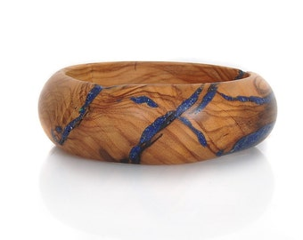 Wood Bracelet of Olivewood and Lapis. Blue Glory