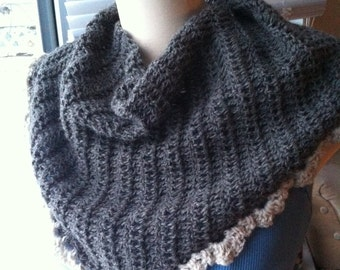 100% Alpaca Crocheted Shawl Wrap Kerchief Natural Grey with White Edging