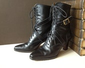Vtg Italy // Ralph Lauren Black Leather Ankle Boots // Size 7