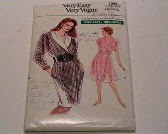 Vintage Vogue Pattern 7299 very easy Miss Dress