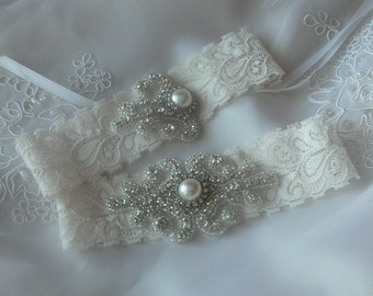 Bridal Garter, Vintage Wedding Garter, Ivory Lace Garter, Crystal Garter Set, Wedding garter
