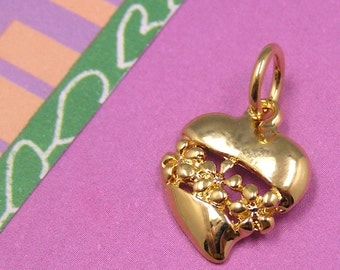 Gold Heart with Flowers Daisy Valentines Charm