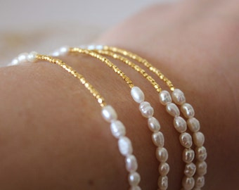 Pearl and gold Bracelet - Wedding Jewelry - Bridal Bracelet - Bridesmaid gift - Freshwater Pearl Bracelet - Minimalist Bracelet